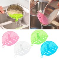 Wholesale Hot Sale PC Durable Clean Leaf Shape Rice Strainer Sieve Beans Peas Cleaning Gadget Strainer For Kitchen Clips Christmas Tools