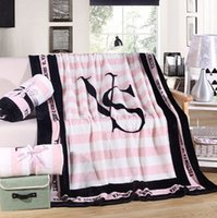 Wholesale New Coral Fleece Blanket Printed Victoria Classic Love Pink Secret Keep Body Warm living room Bed Throw Blanket for Christmas