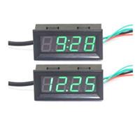 al por mayor 12v calibre voltímetro digital-3 en 1 Voltímetro del termómetro del reloj del coche con el LED verde DC 12V 24V 0.56 Digitaces Termómetro electrónico del Volt del metro Termómetro