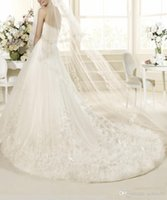 Wholesale Customized New Design Strapless Elegant Designer Wedding Dress A Line Floor Length Appliques Tulle Lace Elegant A Line In Stock