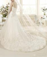 Wholesale Customized New Design Strapless Elegant Designer Wedding Dress A Line Floor Length Appliques Tulle Lace Elegant A Line In Stock