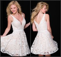 Wholesale Satin Tight Knee Length Dresses - Prom Evening Dresses Short Cocktail Party Gowns White Appliques Mini Dress Tight V Neck Zipper Back Homecoming Dress Sweet 16 Girls