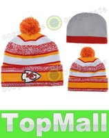 Wholesale LAI New Arrival Patriots Beanies Football Beanie Caps Sports Team Hats Fashion knitted Beanies with Pom Skulls Beanie Pom Pom Beanies for Sa