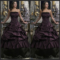Wholesale Ball Gown Gothic Wedding Dresses Black And Purple Strapless Floor Length Ruffles Bridal Gowns Plus Size Appliques Wedding Gowns
