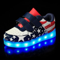 applique flags outdoors - USB Kids LED Shoes Summer Mesh Fashion LED Sneakers Children s Breathable Sport Lighted American Flag Boys Girls Baby Shoes