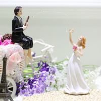 Wholesale Western Style Synthetic Resin Bride Groom Wedding Cake Topper Romantic Wedding Party Decoration Figurine Craft Gift DHL H17157