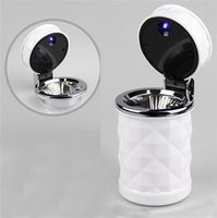 Wholesale Car Ashtrays Automobile cigarette ash cylinder with LED lamp diamond cut out air outlet hanging type on vehicle garbage box