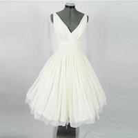 Wholesale Beige S Vintage Hepburn Short Prom Party Dress Retro V Neck Tea Length Dresses Ruffled Bodice Shelf Bust Puffy Skirt Hard Tulle Underskirt
