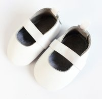 ballet dance wear toddler - Baptism Wearing Baby Girls Ballet Shoes White Genuine Leather Soft Sole Newborn First Walkers Shoes M Toddler Moccs Dance Shoes