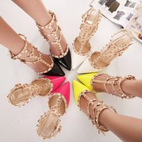 Wholesale fashion summer new Classic retro rivet high heels