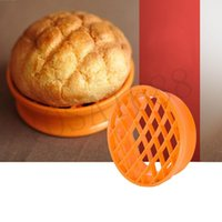 baking bread supplies - 1PC Kitchen Plastic DIY Bread Baking mold Pineapple Stamp kitchen supplies Baking tools Round Pastry Tools