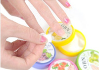 Wholesale 32 tablets piece Flavor Wet Wipes Paper Towel Nail Art polish Vanish Remover Pads Cheap Price Nail Polish Remover