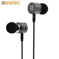 Wholesale Original Stereo Super bass Hands free mm Metal In Ear Headphones Built in Microphone MP3 Phone Earphone for i phone Samsung