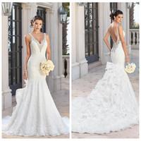 Котята в свадебных платьях