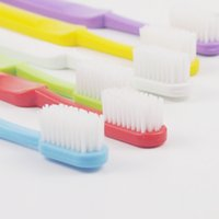 Wholesale Toothbrush bristles oral care product high demand product adult daily use to teeth stains toothbrush toothbrush in china