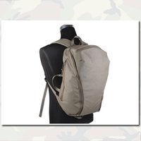 Wholesale Full L Lightweight Day Hiking Backpack FG Hot Sale Super High Quality Men Women Outdoor Camping Multi function Camouflage Backpack