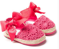 Wholesale Baby Girls Moccasins Kids Toddler Shoes Weave Sandals Comfortable First Walker Shoes Crochet Sandals Baby Newborn Red White Soft Sole Shoes