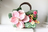 beach holidays japan - Retro handmade flowers beach straw shoulder bag female models idyllic holiday hand woven rattan straw bag packet Japan and South Korea