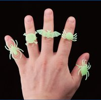 amazing activities - Halloween Party Luminous Rings Stretchy Size Hallowmas Activity Amazing Insect Small Toys For Kids Product Code