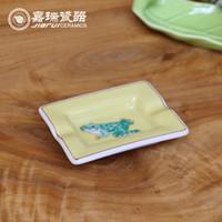 Wholesale Chinese White ceramic Ashtray Dish Fish and Frog Pattern Portable Cigarette Holder Somking Dish Household Items