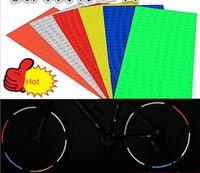 achat en gros de motos de roues de gros-Autocollants réfléchissants Autocollants de roue de vélo de voiture de vélo Autocollants réfléchissants de roue de moto 8strips / set sur 1 papier Vente en gros Livraison gratuite