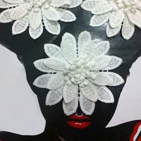Cosiendo flores 3d España-10cm blanca grande doble capa 3D flor del cordón apliques el parche con el estambre y el pistilo coser en la ropa accesorios de decoración DIY