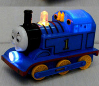 Wholesale New arrival Thomas train locomotive Universal electric toy sounding music toys favourity gift toy for children