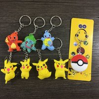 Figurines de noël en gros Avis-percez Pikachu Cartoon pokeball pvc Figurines d'action clés anneaux Poke Anime Keychain Porte-clés Pendentif Halloween Noël cadeaux mode en gros