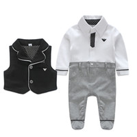 Wholesale baby autumn long sleeves rompers cute jumpsuits with vest sets size3 months