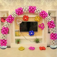 Wholesale Four Heart shaped balloon arches round aluminum column Clover opening celebration birthday party arranged wedding