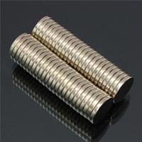 Bon Marché Aimant néodyme forte-50pcs N52 Aimants Super Super Disc 20mm x 3mm Aimants Neodymium Rare-Terre