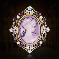 beauty wedding shawl - Vintage Beauty Queen Cameo Brooch Pins for Women Elegant Scarf buckle Purple Crystal Flower Rhinestone Brooches Christmas Gift Shawl Jewelry