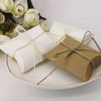 Wholesale 100pcs Kraft Pillow Candy Boxes Wedding Faovrs Christmas Anniversary Party Gift Paper Box or white Color