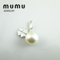 Wholesale Gift for Old Customer Four leaf Clover Pearl and Perla Pendant Silver plated Shark Thomas Charms For European Pendant Chains