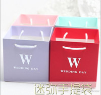 Wholesale Spring Candy Favor Boxes - 50Pcs Lot MINI Wedding Gift Box Tote Bags Wedding Day Favor Holders Candy Boxes 2016 Spring Style