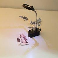 3.5x mayor-12X LED lupa de la lámpara de escritorio Helping Hand Repair clip de la abrazadera del soporte de herramientas de aumento de escritorio
