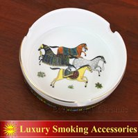 Wholesale Porcelain ashtray bone china god horses design woman in gold round shape pocket car ashtray fashion portable ashtray gifts