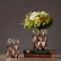 Wholesale Pure Handmade High Quality Glass Vase Modern Style Decorative Glass Art Vase in two sizes Home Décor
