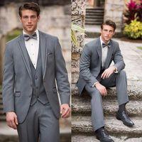 Wholesale Custom Made Men Wedding Suits Slim Fit Groomsmen Suits Light Grey Groom Tuxedos Notch Lapel Best Man Suit Jacket Pants Vest