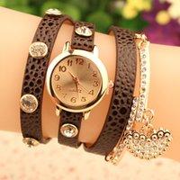 Precio de Cuero reloj pulsera corazón-Full Rhinestone Lychee corazón reloj colgante de moda de cuero de metal de largo pulsera mujeres relojes brillo de cuarzo reloj