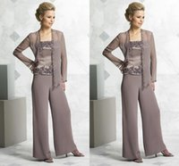 Wholesale Fashion Mother s Pant Suits Three Pieces Mother Of The Bride Pant Suits Chiffon Dresses With Jacket Mother Of The Bride Dresses