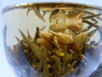 al por mayor jazmín seca-Orgánica Jazmín seca Flor Té Blooming Fancy Tea Blanco Esfera Jasmine Dulce Sabor Salud Libre de Salud Muestra Gratis
