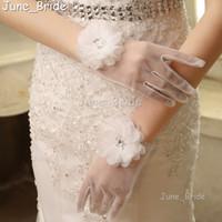 Wholesale New Style Short Tulle Full Finger Bridal Gloves Wrist Length Crystal Beaded Flower Wedding Gloves High Quality