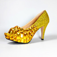 Wholesale LICSE Gold Peep Toe Manual Party Large Size Pumps Womens Butterfly Red Bottom Yellow Shoes cm High Heels Wedding Shoes