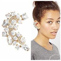 achat en gros de gros diamants en vrac-Grossiste Boucle d'oreille Européenne Mode Diamant Bending Mois Bijou Ear Nail Nouveau motif insect bulk Argenté
