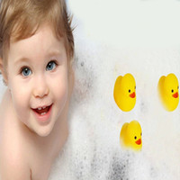 Wholesale Rubber Duck Cheap Funny Baby Bath Water Toy Toys Sounds Yellow Rubber Ducks Kids Bathe Children Swimming Beach Gifts