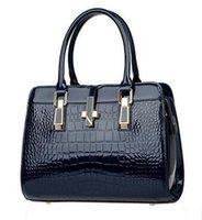 Wholesale women messenger bags luxury tote crossbody purses genuine leather clutch handbags famous brands designer dollar price High quality