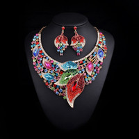 Wholesale 2017 New Design Bridal Jewelry Sets Leaves Gold plated Statement Necklace and Earrings for Brides Wedding Party Accessories Women