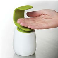 Wholesale 2 Color Soap Dispenser Mini kitchen bath liquid soap dispenser bottle bathroom Handheld Cute Liquid Soap Dispenser