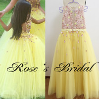 Wholesale Real Picture Little Flower Girls Dresses Embroidery Lace Appliques Sheer Bodice Yellow Tulle Floor Length Little Girls Pageant Dresses